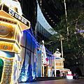 台新金控大樓聖誕裝置藝術