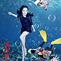 水中攝影夢幻漂浮