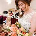 小花`s wedding~新秘/造型師 游小隻stylist