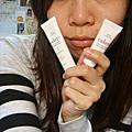 Cakeys糖霜美唇角質抛光精華+草莓修護型潤唇蜜
