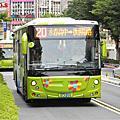 大都會客運20路 低底盤公車