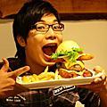 09.11.28 En Burger