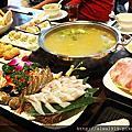 【新竹美食週記】竹美雞煲蟹,湯底清爽甘醇,雞肉與紅蟳巧妙組合Q潤又新鮮!
