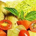 綠咖哩雞腿彩色麵