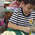 孩子畫城裡月光