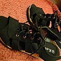 黑色契型鞋