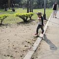 100/03/13--青年公園の吹泡泡趣