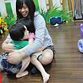 100/05/22--Victoria K1A同學會の大鬧Q豆親子生活館啦!!...哈XD