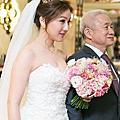 台中新秘|時尚新娘低馬尾鮮花造型(2)