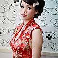 台北新娘秘書雅芳-中國風 手捲線條