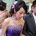 俏麗編髮 紫色仿真花 台北新娘秘書雅芳