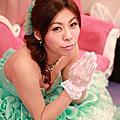 台北新娘秘書雅芳 側邊浪漫捲髮