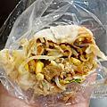 苗栗竹南平價美食| 昌潤餅-發財車上熱騰騰的銅板美食,晚來就吃不到囉!!|佳瑪前|竹南火車站