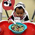 █【副食品】吃飯不用追著跑。圓仔熊貓餐