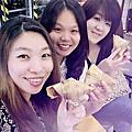 """2016-06-04 [捷運西湖站美食]""""Foodies 饕客""""*創意台菜,私房家常菜*西式精緻異國料理*適合家庭/團體聚會*樓下還有包廂哦!"""