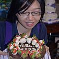 甘玉玲製作草莓香蕉巧克力慕斯蛋糕