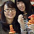 龍年杯子蛋糕(飯春花.咬錢龍.金元寶)裝飾上課學生