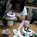 學生雷宗翎-人型蛋糕裝飾證書課程(粘土)與淡水商工學弟妹來訪及了解杏仁膏課程