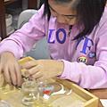 201210-天母社區創意文化商圈活動-成人UV光水晶膠飾物