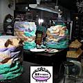 2012年12月高雄科工館歡樂蛋糕城工藝蛋糕展(4座海景岩石背景3個小時一氣呵成+高捷美麗島翻糖裝飾)進行中