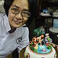 培訓學生楊子翎-2013蛋糕協會3月gateaux盃蛋糕技藝競賽-職業組杏仁膏裝飾比賽作品