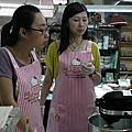 學員蔡淑婷+林妙靜-杯子蛋糕奶油霜裝飾