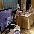 2013烘培展蛋糕比賽各組冠軍與蘿漾糖花藝術組冠軍黃明華參加蛋糕協會所舉辦的彎賽日本比賽的賽前講習吸引全審各地的同好參與