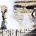 【馬達加斯加Madagascar】從安塔那那利佛前往昂達西貝公路旁的燒磚工地