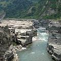 遊山玩水-大安溪峽谷