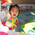 ♥2013.6.9 小比基尼女郎玩水初體驗1Y5M(≧▽≦)♥