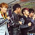 【2011-01-08】CIRCUS『啥貨?! Circus』專輯簽唱會(新光三越站前廣場)