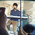 【2011-05-15】嚴爵【不孤獨】預購簽唱會(台北彩虹3C廣場)