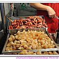 20110423 大甲鎮瀾宮。康家阿媽ㄟ粉腸香腸。