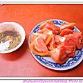 20110618 旗津老街。蕃茄切盤。烤魷魚