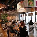 GINZA PLACE & RAMO FRUTAS CAFE
