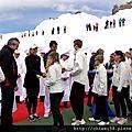 20140717瑞士費德勒為瑞士蓮巧克力少女峰門市開幕
