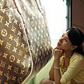 2009-10-31-百貨牆外拍 A850+35G