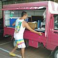 2010.04.19德夫早餐車流浪到台北
