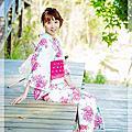 [顧客分享]天空藍桃紅花卉浴衣和服寫真by旺旺