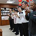 聖嚴書院(103秋)三年級上學期~抄經供養祈願點燈(2016年12月12日)