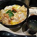 2009秋,六本木Tokyo Midtown親子丼專賣店「雞三和」