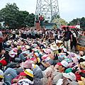 2012.09.06華隆罷工第二波衝突-警察抬人助出貨