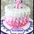 花瓣裝飾蛋糕