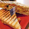 帕里諾Panino cafe*帕尼尼+起士馬鈴薯
