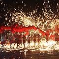 重慶銅梁火龍在溪州公園 花在彰化火光四射慶元宵