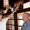 龔顯森攝影展在鹿港鎮史館 鏡頭下光影舞動鹿港龍山寺