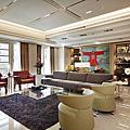 靚麗色彩 形塑現代新古典空間美學