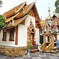 泰國。清邁雙龍寺/木屋餐廳/尼曼一號美食市集