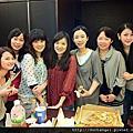 2012-03-18-恭喜金金入新厝.好姐妹又相見囉
