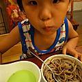 夏日輕食:巴塞隆納香瓜冷湯與日式蕎麥麵的混搭風